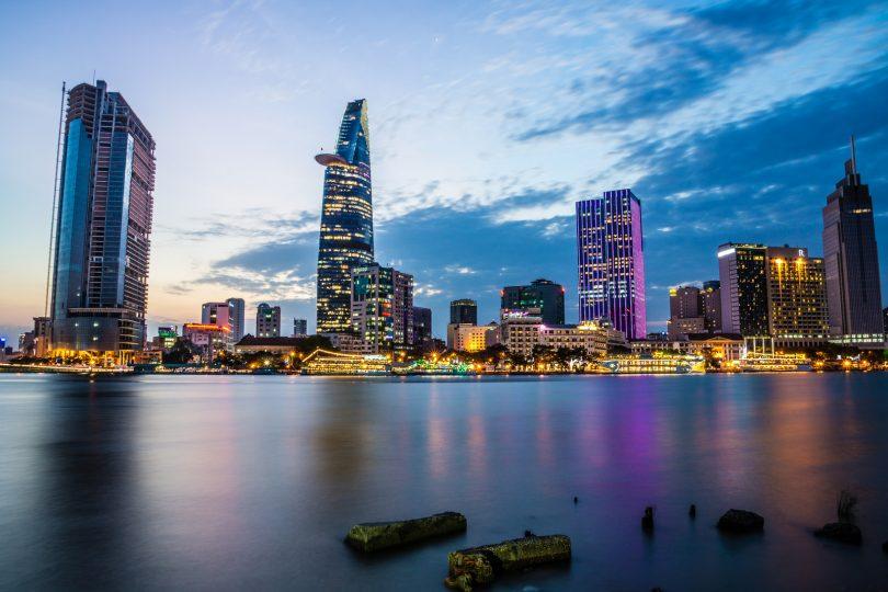 Dịch vụ chuyển phát nhanh từ Hồ Chí Minh đi các tỉnh giá rẻ. uy tín và chuyên nghiệp
