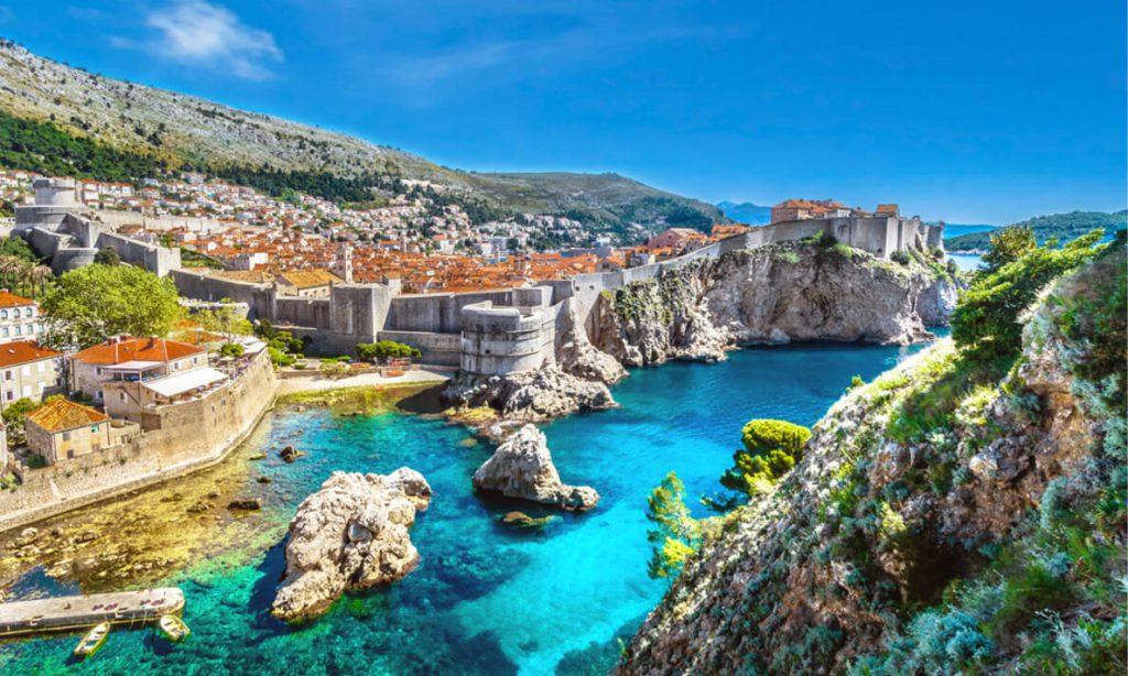 Chuyển phát nhanh đi Croatia nhanh chóng, uy tín, giá rẻ